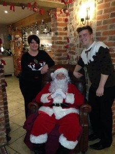 Breakfast & Tea with Father Christmas! – Wednesday 17th & Monday 22nd December